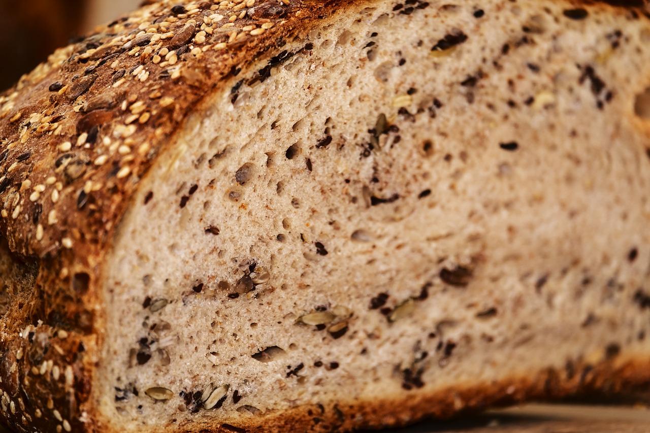 bread-3484107_1280.jpg